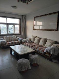 (圣城街道)荟仕名苑3室2厅1卫122m²中档装修