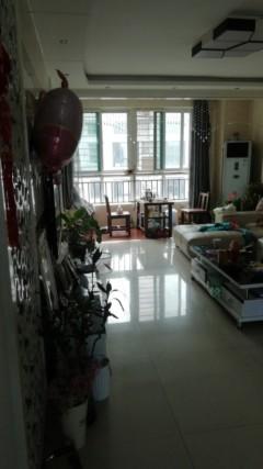 (圣城街道)圣和苏州园3室2厅1卫145m²精装修