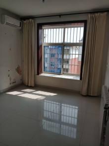 (圣城街道)清华名园3室2厅1卫99m²简单装修