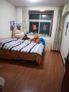 (圣城街道)怡园花都2室2厅1卫93m²简单装修
