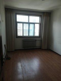 (圣城街道)新华园3室2厅1卫113m²简单装修