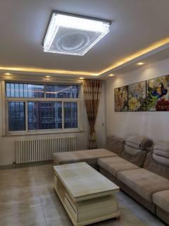 (圣城街道)中阳铁路花园3室2厅1卫130m²精装修