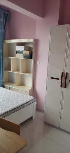 吉房出租:领包入住办公居家高端选择渤海花园2室精装1千6每月