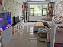 (圣城街道)现代嘉苑3室2厅1卫144m²精装修