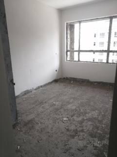 德润紫桂园,153平带储藏室仅售105万,最好楼层更名可贷