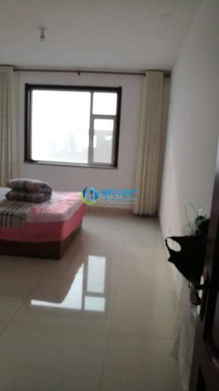 吉房出租:洛城全福元南凯马花园13楼130平电梯房1千1年付