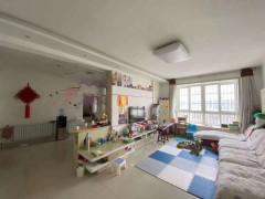 人才公寓3室2厅1卫130m²精装修  车库 储藏室