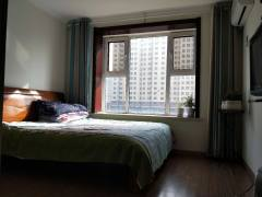 (洛城街道)学府东郡3室2厅2卫144m²精装修