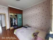 (圣城街道)环翠花园3室2厅1卫158m²精装修