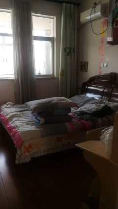 鑫源组团126平3室万买好房 三个卧室朝阳,送大车库