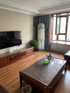 美林花园3室2厅1卫157m²精装修