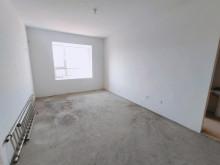 (圣城街道)银海花园3室2厅2卫143m²毛坯房
