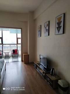 吉房出租:玫瑰园公寓1室1厅1卫48平精装 1千每月年付