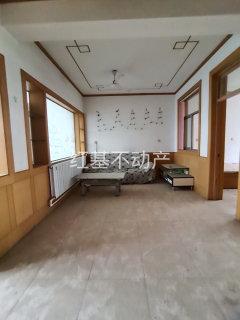 圣城学 区 房 华银小区 多层2楼 三室  看房有钥匙