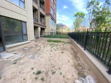 稀缺一楼带院  紫桂园  1/9层  166平四室  带车位储藏室 带有大院子 过户贷款