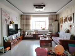 (圣城街道)荟仕名苑3室2厅1卫95万148m²中档装修出售