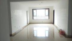 东城玉苑3室135万141平  精装 带车位、储藏室 户型好 价格低