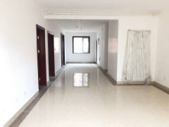 泰和华宇东城玉苑4室2厅2卫135万170m²精装修出售